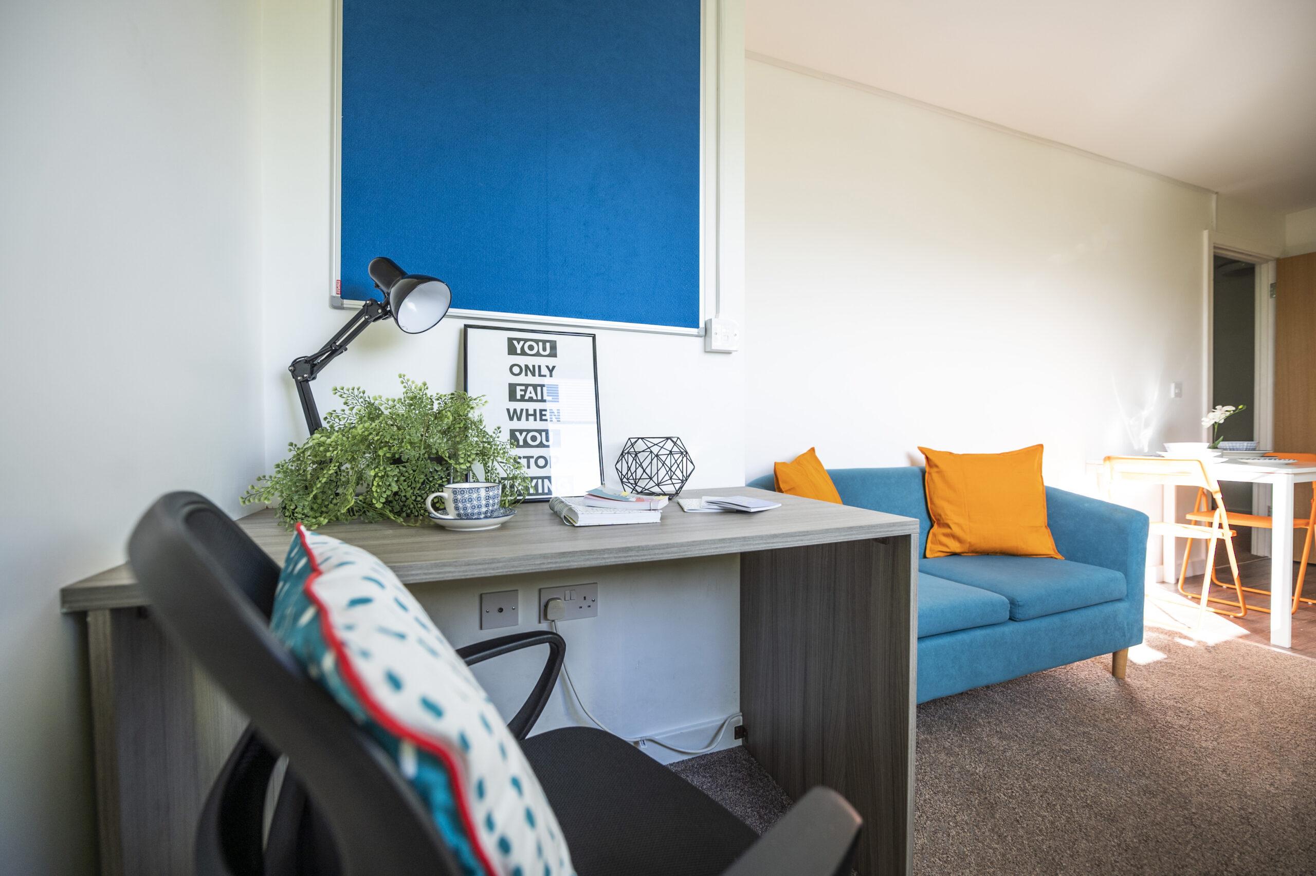 desk studio