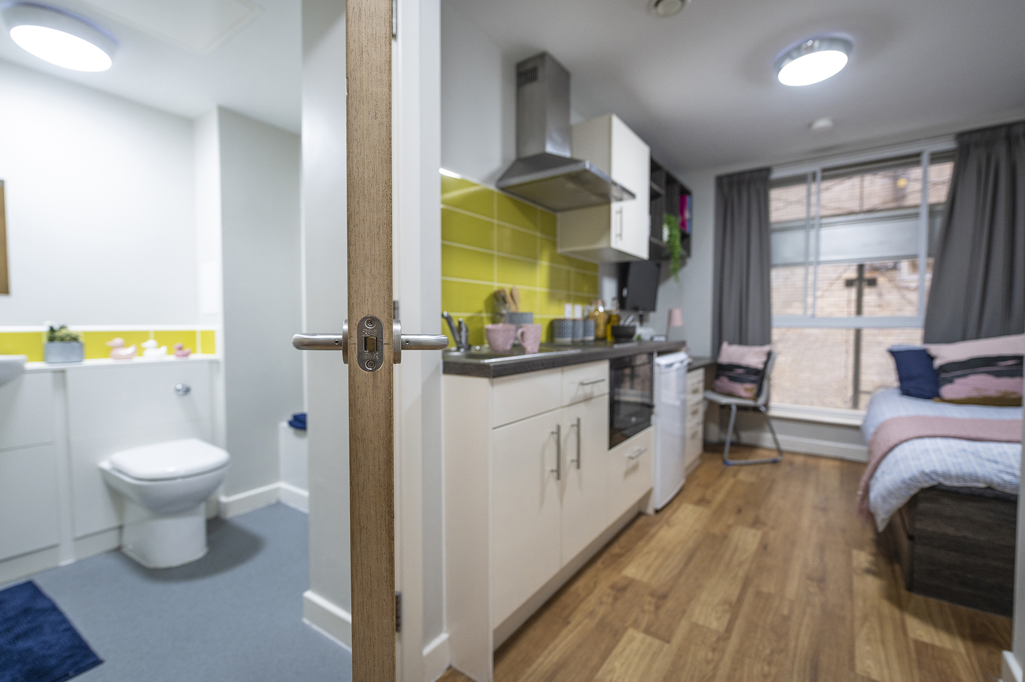 classic studio and bathroom
